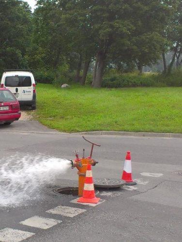 Par ūdensvada skalošanu Cēsu pilsētā un hidrantu maiņu